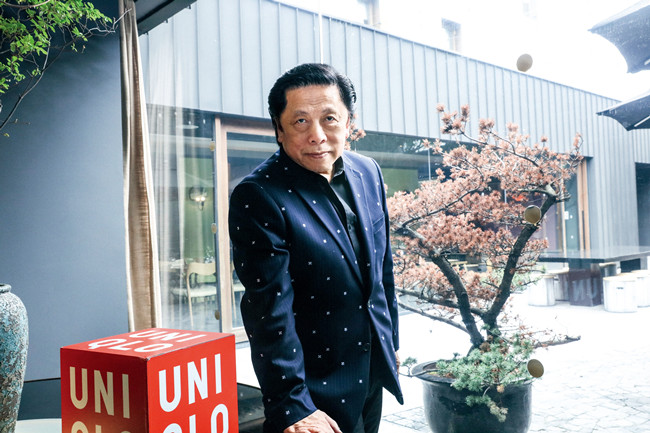John C Jay 迅销集团全球创意总裁。在加入迅销之前,John C Jay历任创意热店Wieden+ Kennedy全球创意总监、创意机构GX总裁兼执行创意总监。