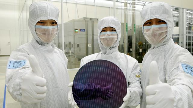 三星西安半导体生产现场