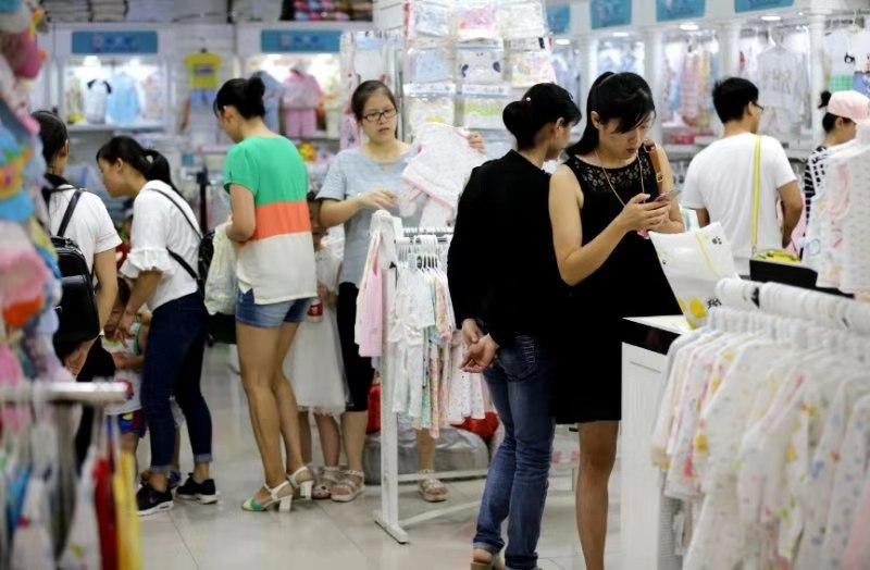 汉口北品牌服装城童装店铺实景