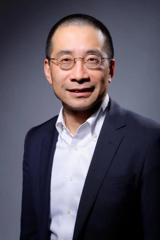 施耐德电气全球执行副总裁、中国区总裁尹正