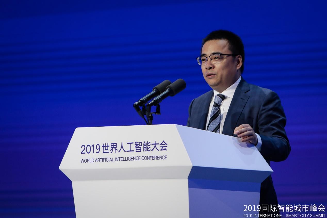 中国联合网络通信有限公司政企客户事业部总经理李广聚