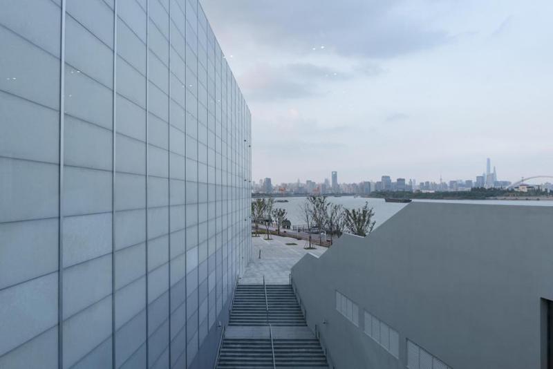 经过近十年发展优游,徐汇西岸已形成11.4公里世界级滨水公共盛开空间