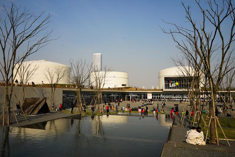 今年3月,油罐艺术中心正式盛开,上海西岸又增一家文化艺术机构。   东方IC图