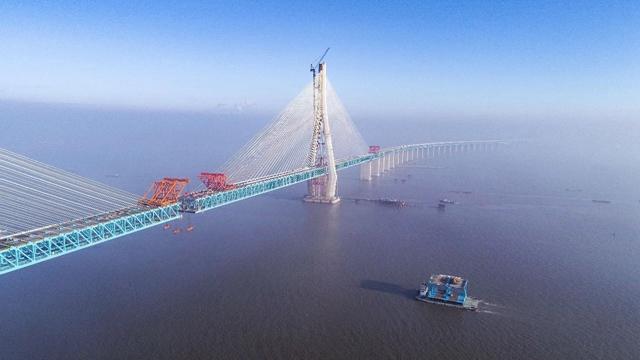 沪通长江年夜桥 图片来历:上海公布