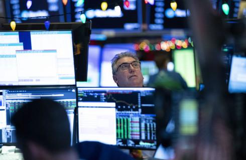 在未来12个月内,美股将很难复制去年两位数的增长,这意味着投资者的收益将会减少,而且可能大幅减少。