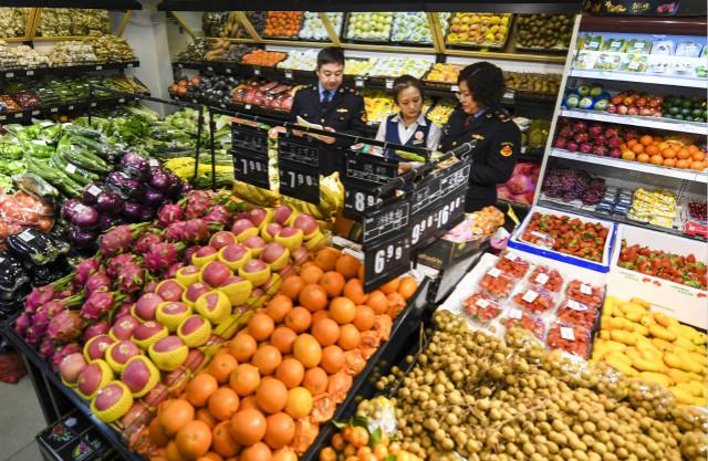 专家:食品安全热点事件减少,但网红食品仍问题高发