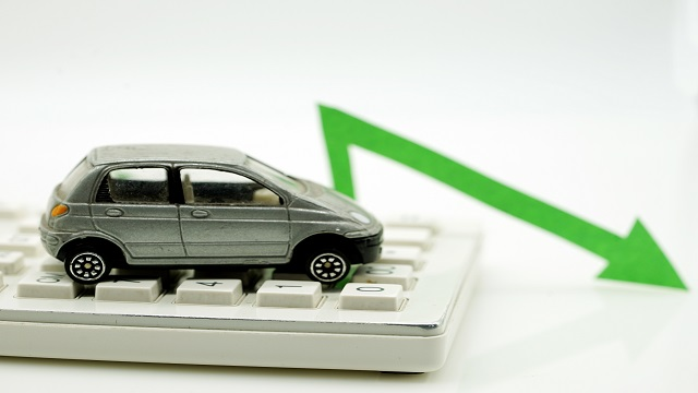 中国车市连续两年下行,新能源车年产销首现负增长