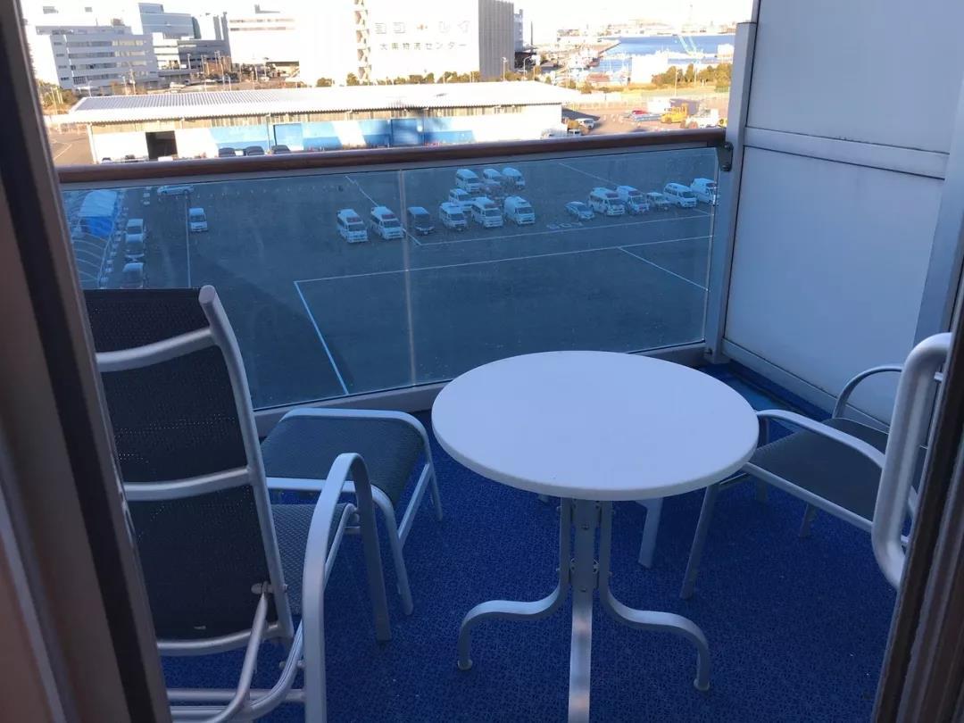 △ 考特夫妇房间的阳台。图片来源