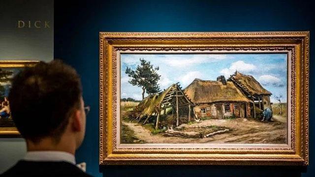 本届TEFAF售出的最高价作品,是凡•高创作于1885年7月的《农舍前的农妇》