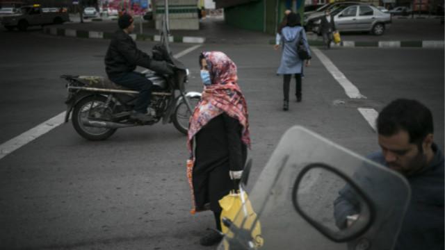 """""""伊朗向IMF申请紧急贷款,预计6月疫情结束"""