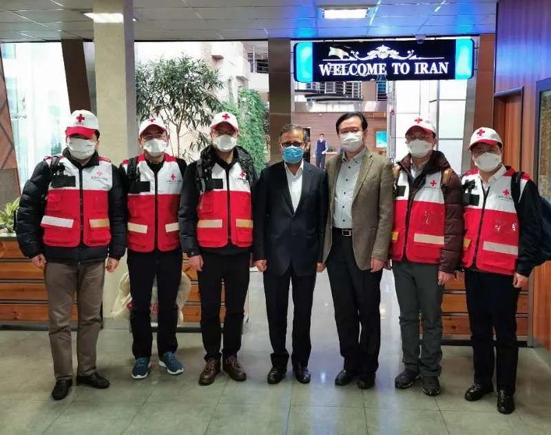 中国援伊专家解析伊朗疫情热点:确诊激增?病亡率高?未来走势?