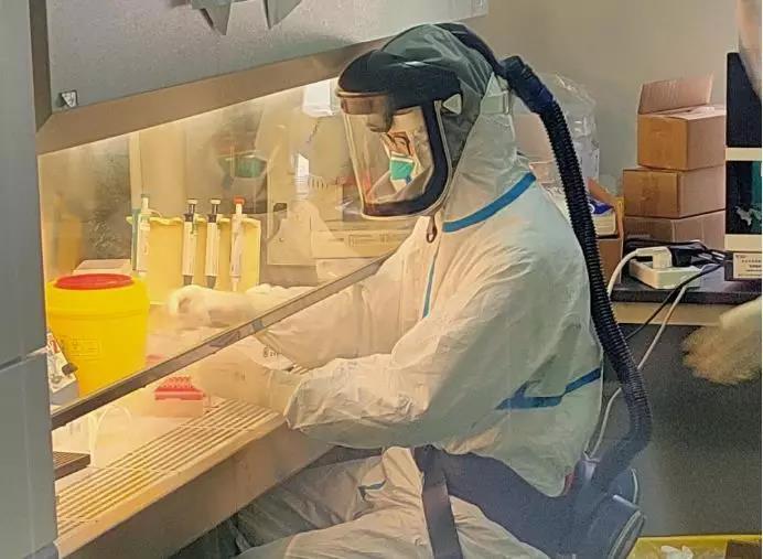 天津市疾病预防控制中心派驻恩施州检测队。图片来源:中国疾控中心