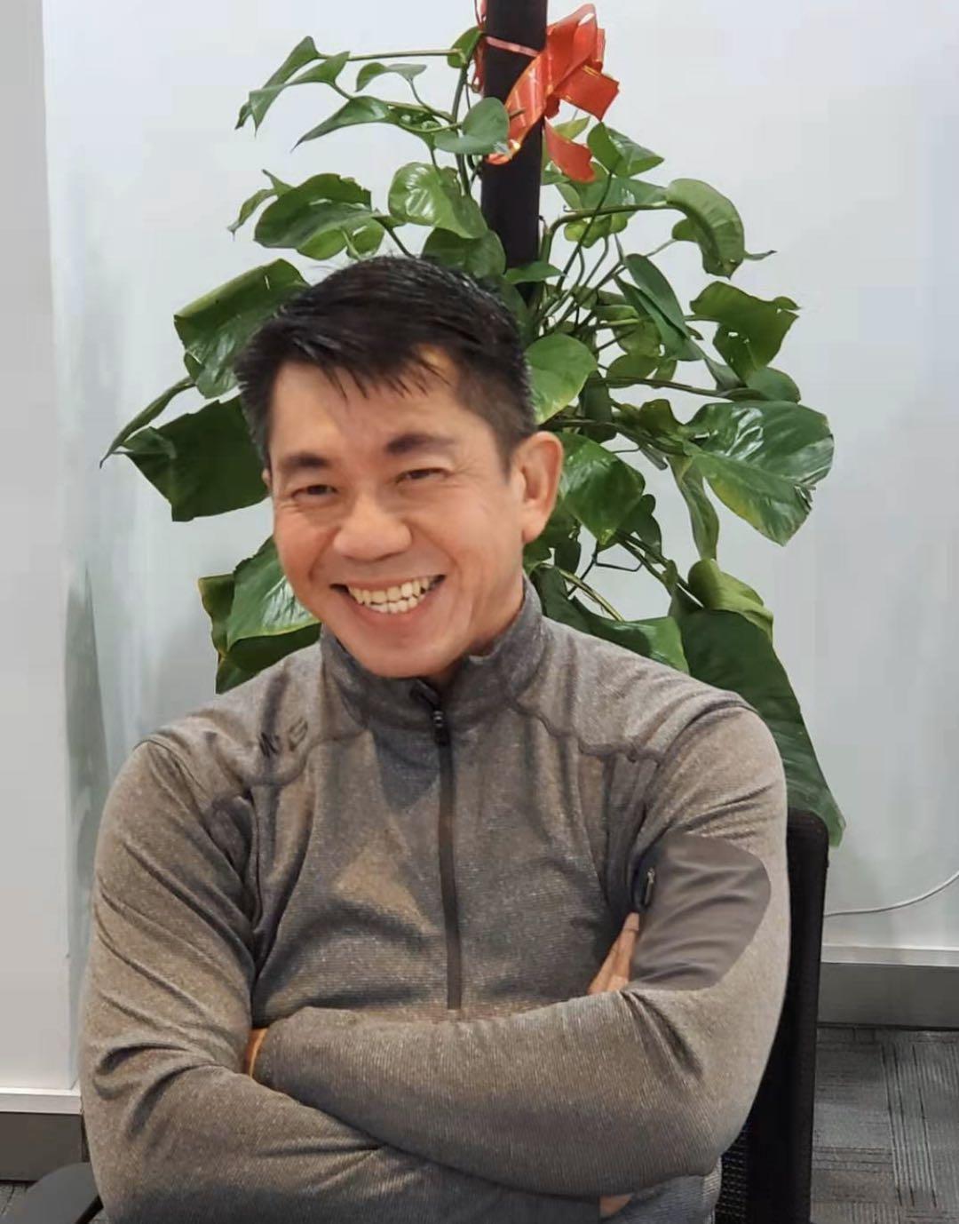 半年前,邹果庆从海尔集团副总裁的岗位上重新回到新蛋