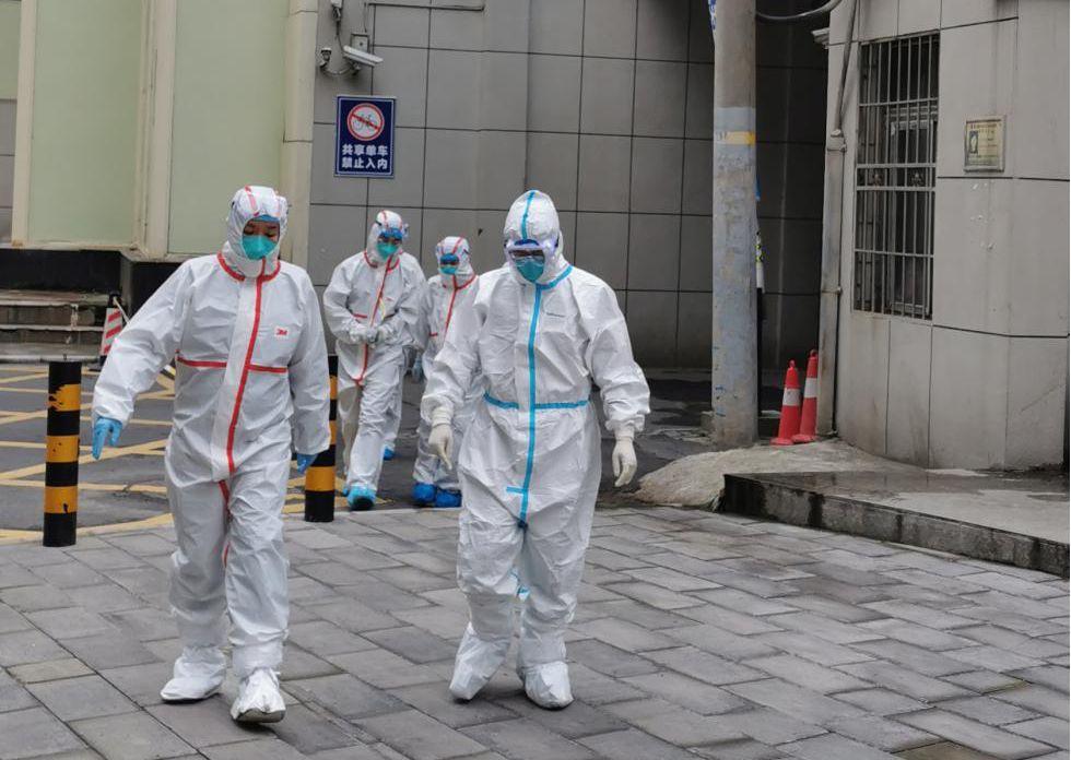 在武汉市某监狱开展现场疫情处置。图片来源:中国疾控中心