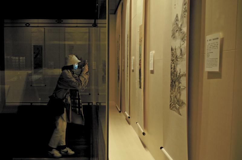 3月13日恢复对外开放的上海博物馆每日分时段预约,单日限额为2000人。  摄影记者/张健