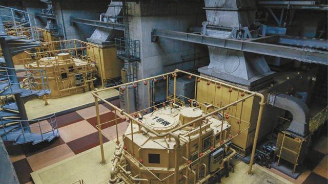 东京地下排水系统由燃气轮机驱动的四台大型抽水泵