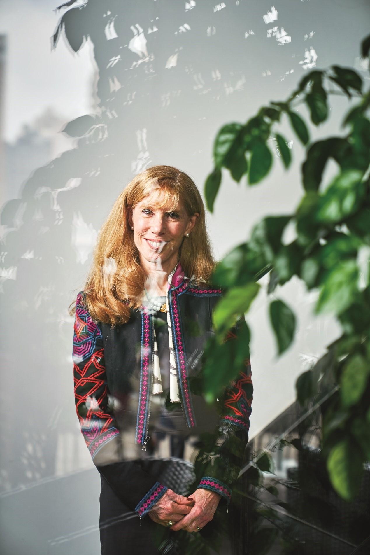 步春歌(Kathy Bloomgarden)是罗德公关全球首席执行官。罗德公关是一家独立整合传播咨询公司,1948年成立于美国纽约,1993年进入中国市场,实行美国中国双总部制度。