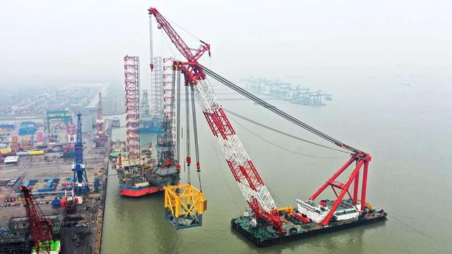 珠海金湾海上风电场项目基础桩及导管架顺利发运