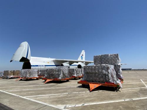 """""""安-124运输机(AN-124)""""是目前世界上第二大的运输机(受访者提供)"""