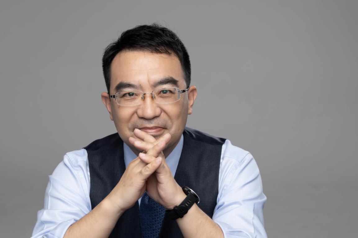 上海交通大学安泰经济与管理学院教授 何帆