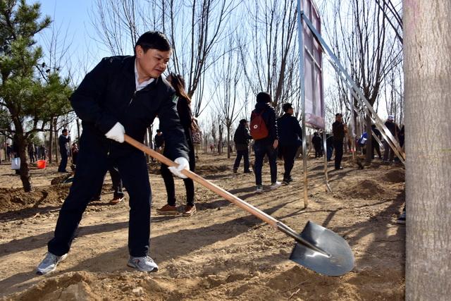 """国家环保部历任部长_黄润秋任生态环境部部长,被母校称为""""著名工程地质专家"""""""
