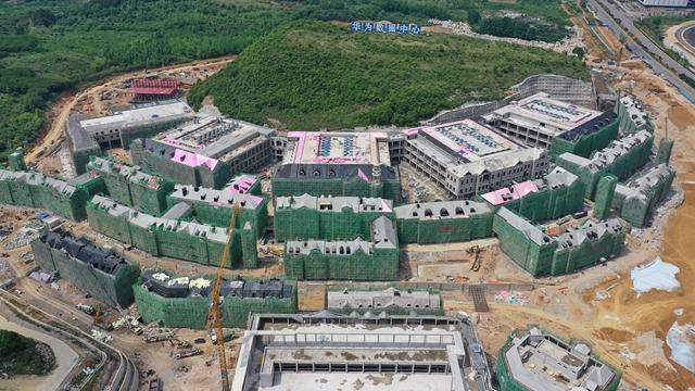图为贵州省贵安新区的数据中心项目施工现场 新华社图