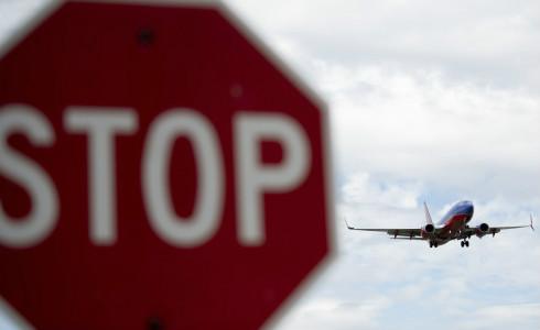 今年一季度,两大航空巨头均出现亏损。
