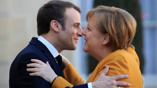默克尔不仅在德国国内出台了一轮经济刺激计划,并与马克龙携手在欧盟层面力推7500亿欧元复苏基金。
