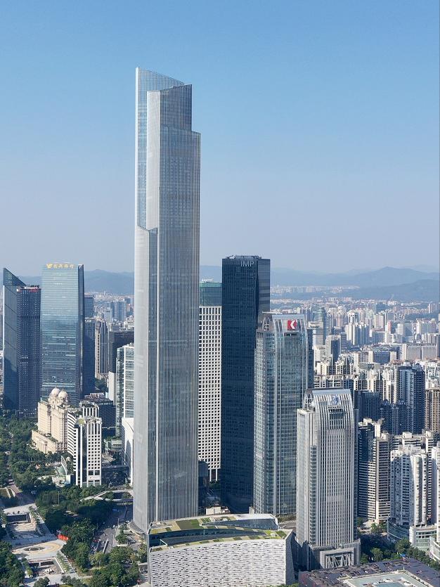 城市新地标——广州周大福金融中间(东塔),塔高530米