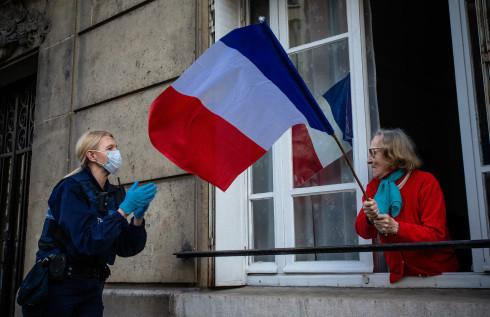 在欧洲全境,法国疫情逆弹速度最为显明。