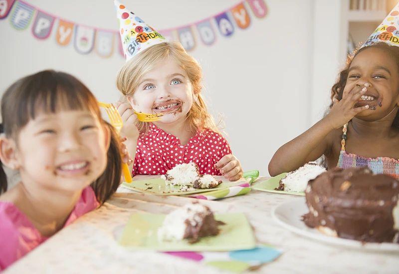我們從小就不斷體驗糖帶來的愉悅感。|圖片來源:視覺中國