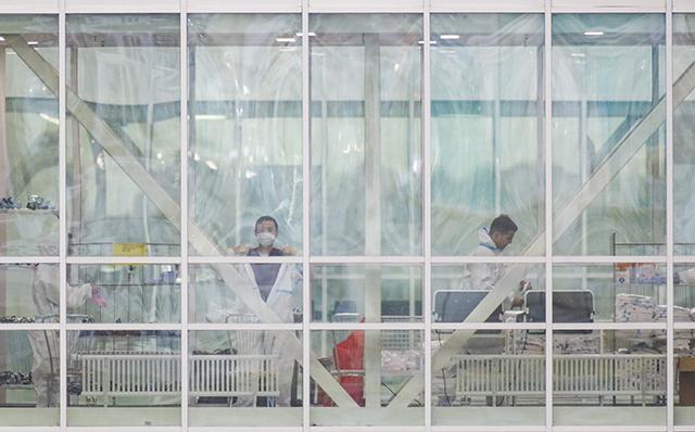 莫斯科方舱医院重启,俄疫情反扑为何如此凶猛竟已反超春季?