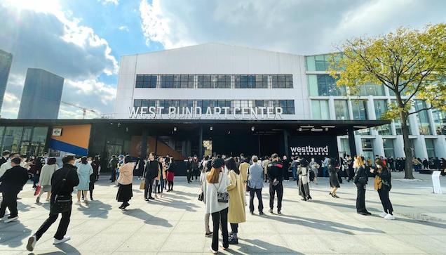 西岸艺术与设计博览会吸引了大批藏家和参观者。 主办方供图