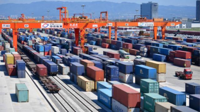 尽管受到疫情冲击,2020年中国进出口规模仍创历史新高。