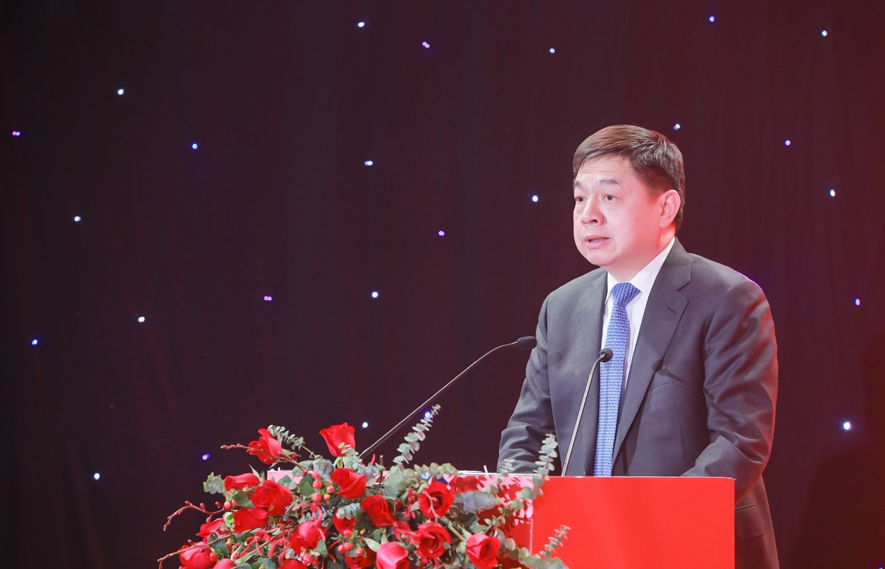 中信建投证券党委副书记、总裁李格平在开幕仪式中致辞