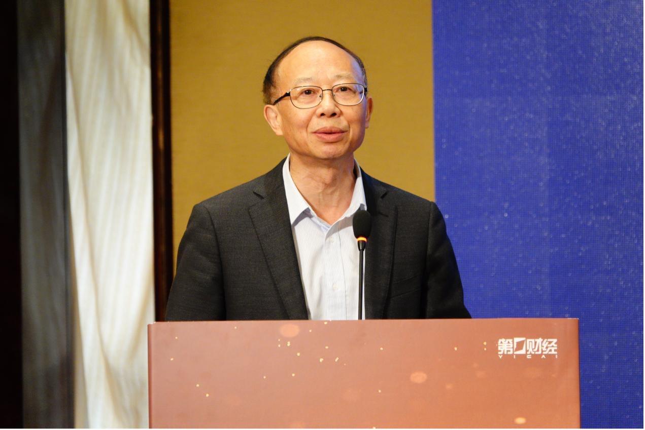中国旅游协会智慧旅游分会会长  肖潜辉