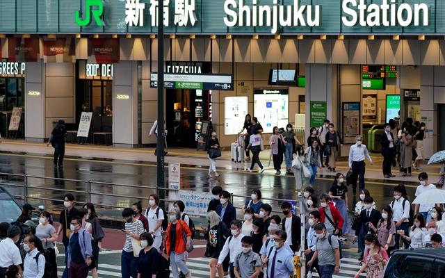 日本首相菅义伟8日晚宣布,东京都将再次进入紧急状态。