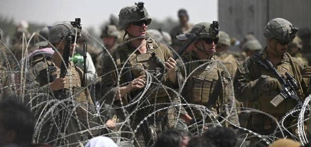 美国中央司令部司令麦肯齐在当地时间30日宣布,美军已完成从阿富汗撤出的任务。