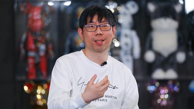 蔡骏认为剧本杀创作可能反哺文学和影视,目前他合作发起了一个剧本杀人才培训培训项目    摄影记者/任玉明