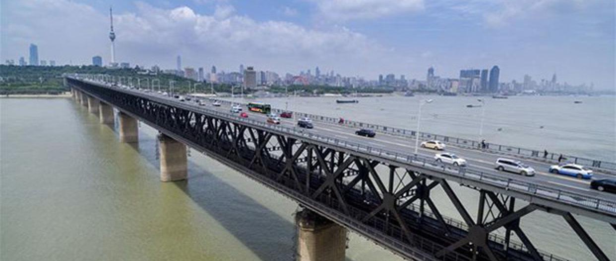长江经济带激发活力 沿江高铁将串起三大城市群