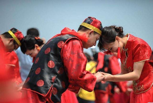 年末总人口_黑龙江去年末常住总人口超3751万人,比上年减少近22万